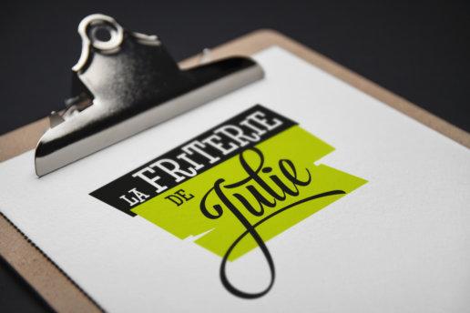 mockup Logotype Friterie de Julie